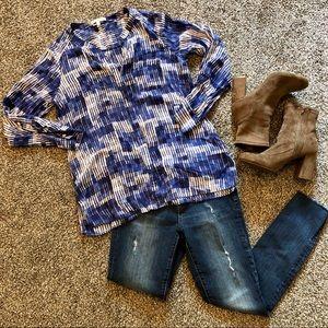 Foxcroft Geometric button down blouse